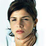 Хвороби і болю в горлі у людини