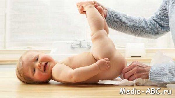 Чим лікувати пронос у немовляти