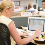 Чим перекусити на роботі без шкоди для фігури