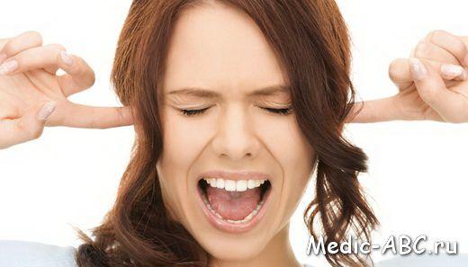 Що робити, якщо болить горло і віддає в вухо?