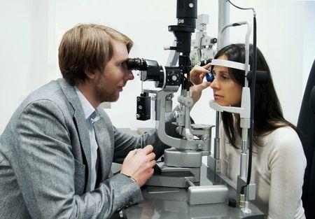 Екзофтальм очі: причини захворювання і способи його лікування