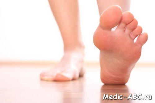Ці неприємні темні плями між ніг, як від них позбутися?
