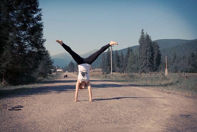 Як навчитися робити колесо? Принципи виконання гімнастичного вправи