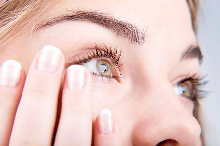 Як застосовувати очні краплі вігадекса