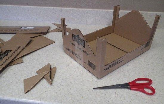Как сделать из коробки, из картона, бумаги кровать для куклы своими руками?