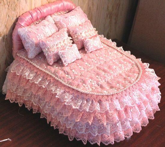 Как сделать кровать для кукол Барби?