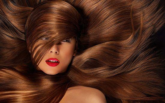 Як зміцнити волосся і зробити їх густими в домашніх умовах: вітамінні комплекси і народні засоби