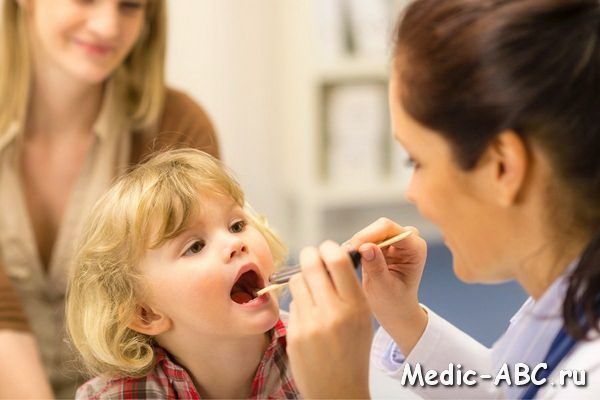 Як вилікувати аденоїди у дитини