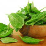 Які страви можна приготувати з шпинату