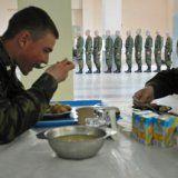 Який повинен бути режим харчування в армії