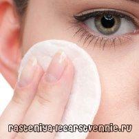 Шкіра навколо очей: про зморшки, як відновити, народні засоби, як зволожити