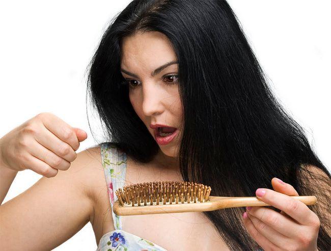Маски проти випадання волосся в домашніх умовах: рецепти і правила застосування. Вітамінні комплекси для зміцнення волосся