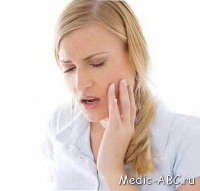 Чи може хворіти ясна після видалення зуба?