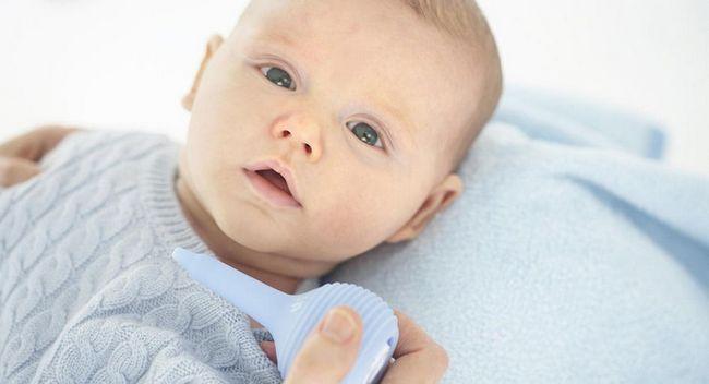«Називин» для немовлят: відгуки батьків і педіатрів