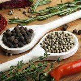 Гостра пікантна їжа для здоров'я людини
