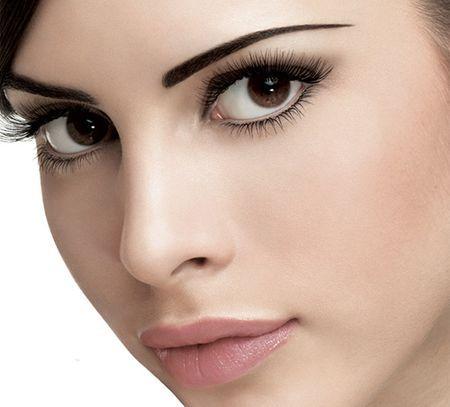 Правила нанесення макіяжу на карі очі