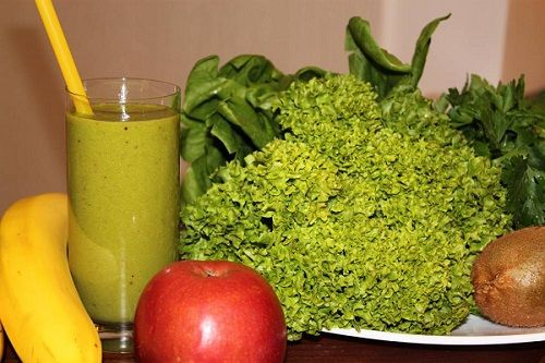 Рецепти зелених коктейлів для очищення і краси