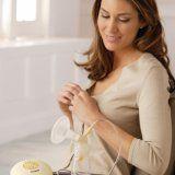 Зціджування грудного молока при годуванні