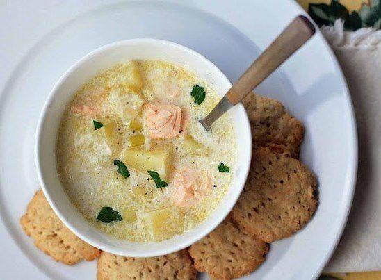 Суп із сьомги в мультиварці