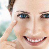 Догляд за шкірою повік при старінні