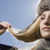 Догляд за волоссям в зимовий період
