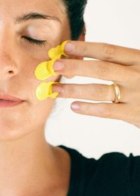 Жовтий відтінок шкіри